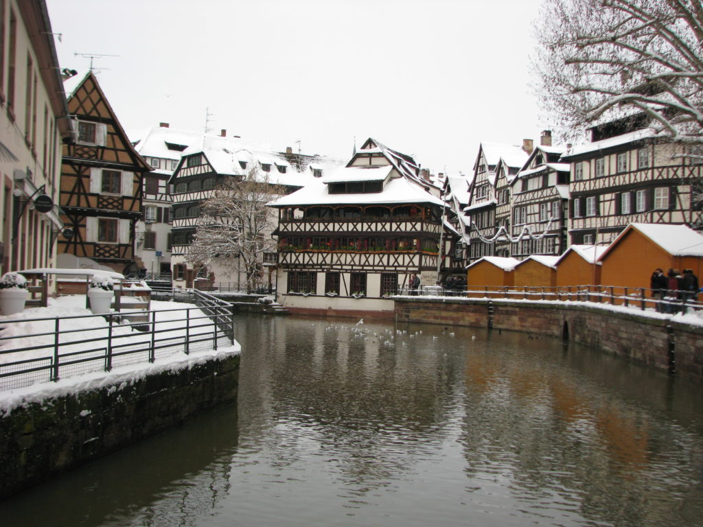 Little Buddha - 2 fairy tale towns to set the Christmas mood - Strasbourg