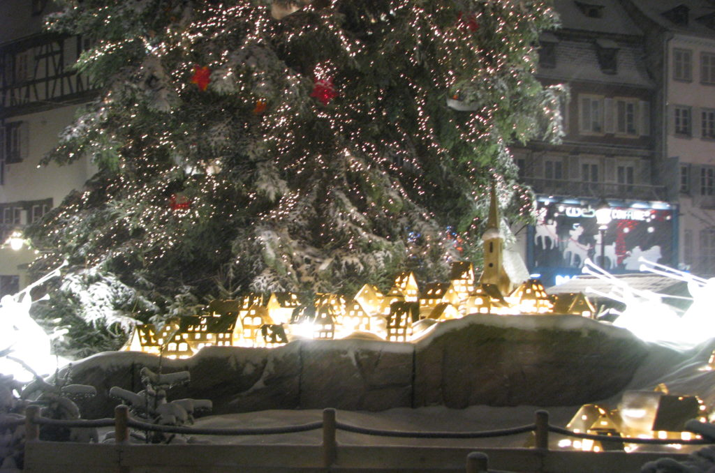 Little Buddha - 2 fairy tale towns to set the Christmas mood - Strasbourg 1