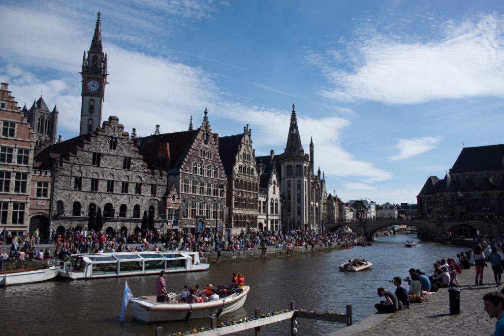 Little Buddha - Fairy-Tale towns to visit to get in a mood for Christmas. Ghent